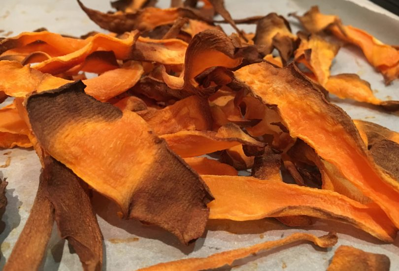 Recipe for healthy sweet potato crisps