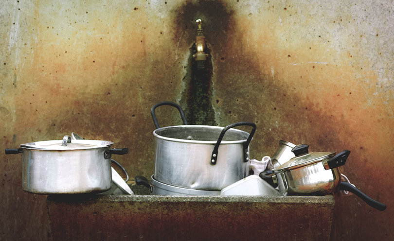 How to clean a burnt pan without using harsh chemicals